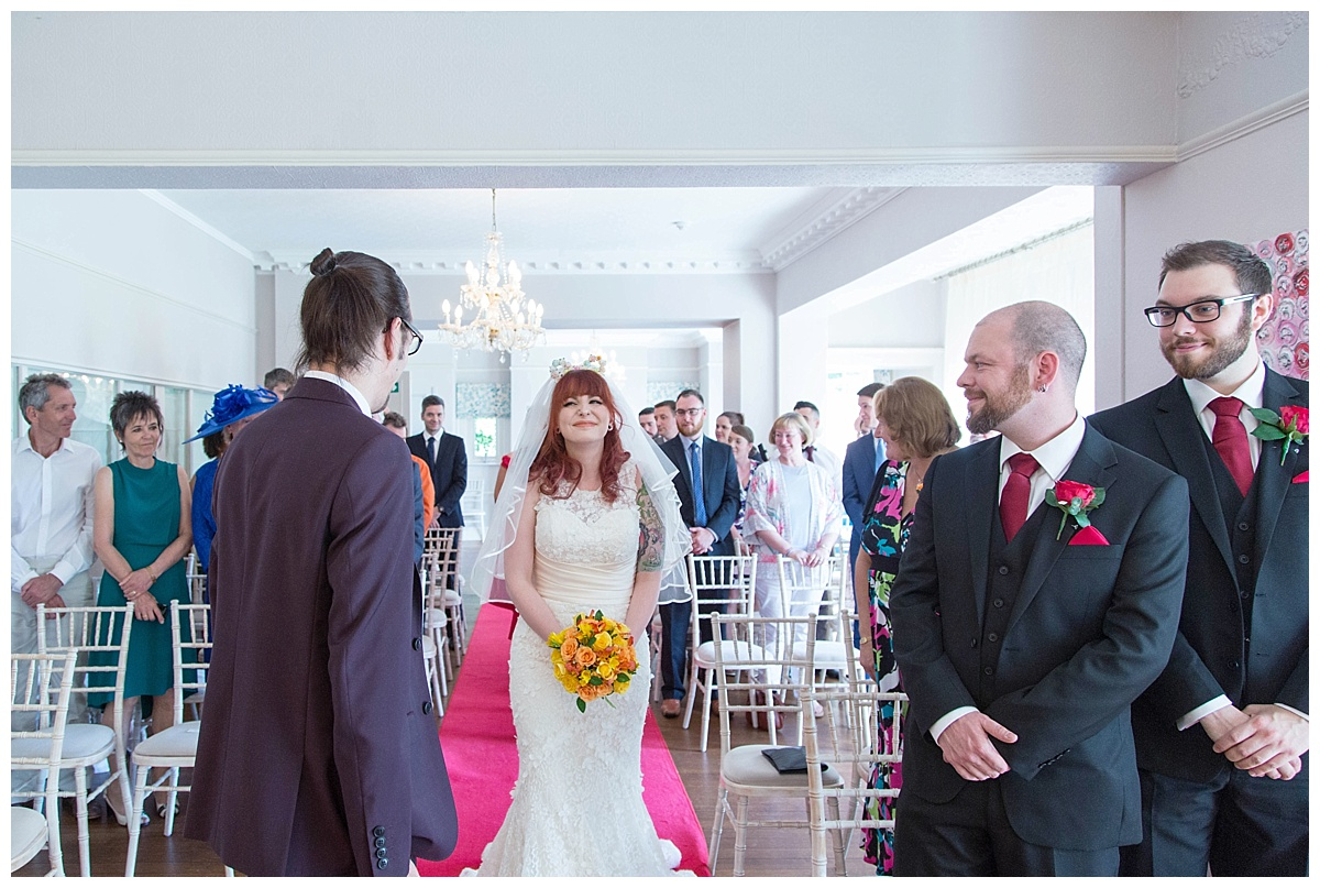 bride sees groom for first tome